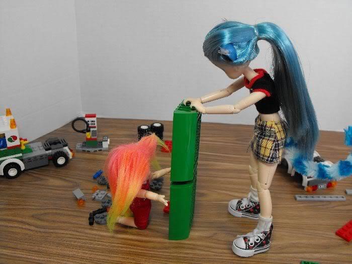 Kumi's Tails - Saturday Afternoon Legobuild01-009