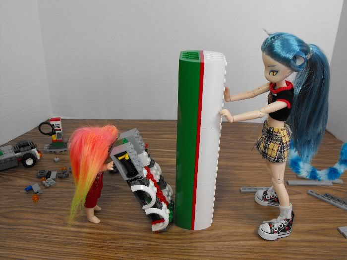 Kumi's Tails - Saturday Afternoon Legobuild01-010