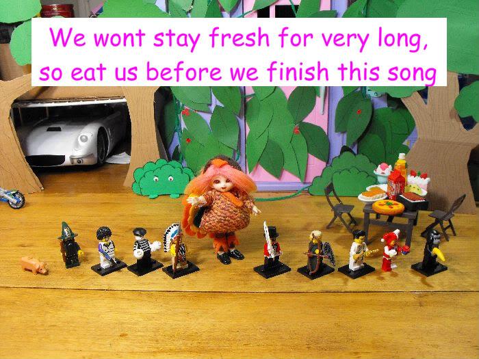 Rupert's Thanksgiving Greeting Turkey-012