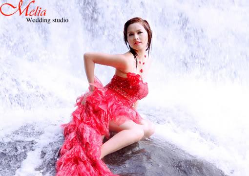 Tâm tít- một trong những hot girl đi lên từ thế giới Game Online Album_anh_cuoi_model28
