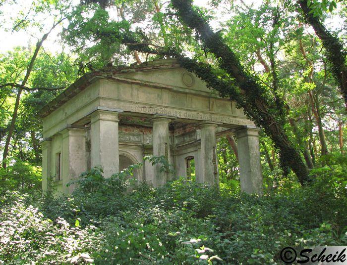 Goruńsko (gmina Bledzew) - grobowiec rodzinny C223