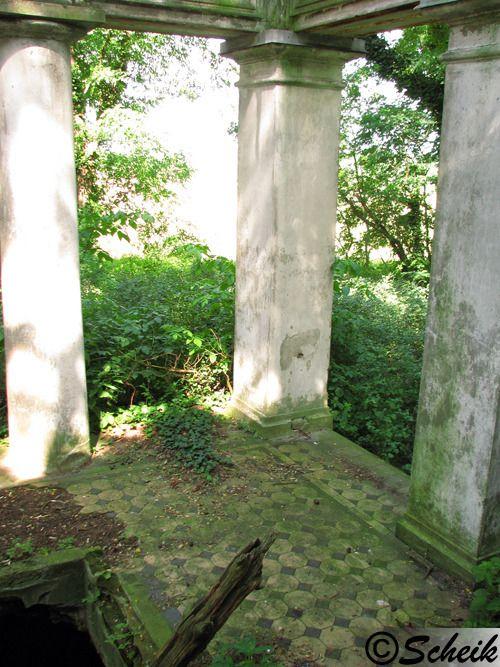 Goruńsko (gmina Bledzew) - grobowiec rodzinny C226