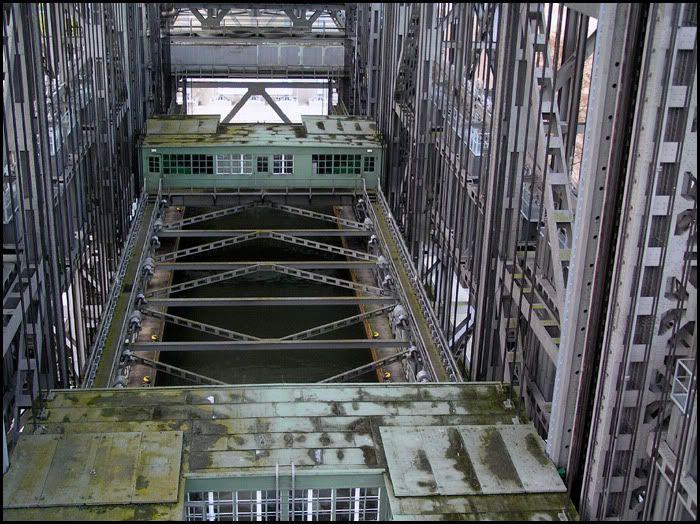 Podnośnia statków w Niederfinow Zt72