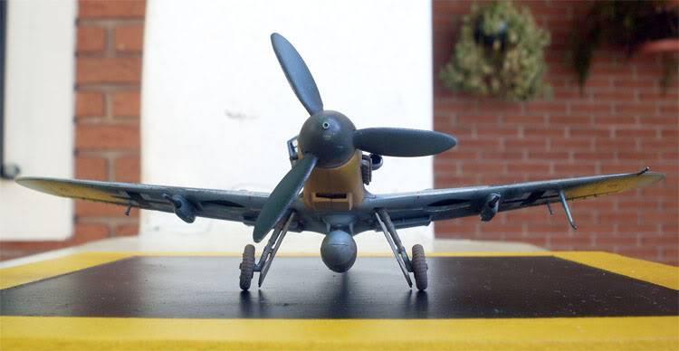 Messerschimitt Bf-109 G6 Academy 1/72 [Finalizado] BF109_10