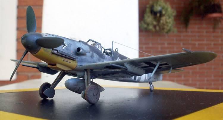 Messerschimitt Bf-109 G6 Academy 1/72 [Finalizado] BF109_13