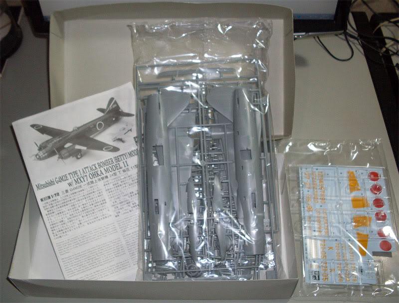 "Presente inestimável - Mitsubishi G4M2E ""Betty"" - Hasegawa 1/72 Hasegawa_G4M2E_Betty_03"