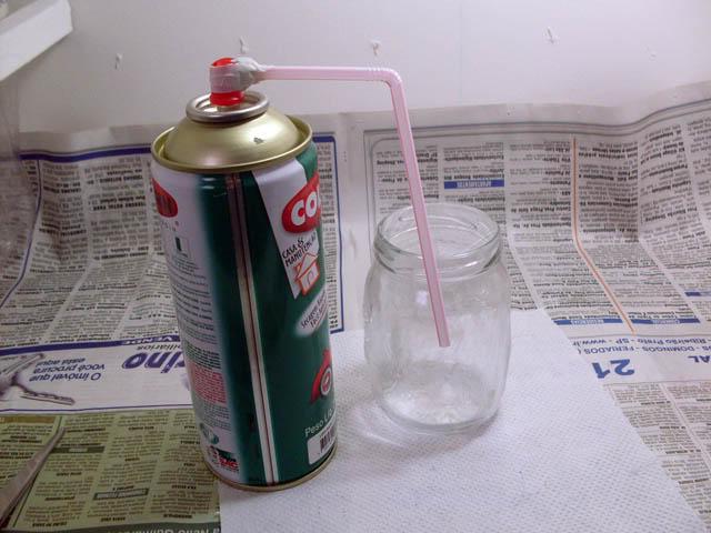 Tutorial: Transferindo tinta da lata para pote de vidro Transfere_tinta_07
