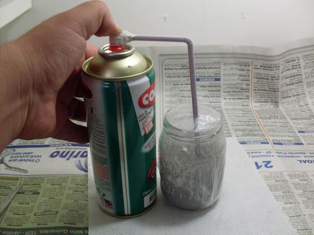 Tutorial: Transferindo tinta da lata para pote de vidro Transfere_tinta_08
