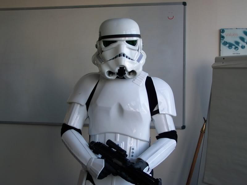 Les différents costumes fan-made de stormtrooper Closeup
