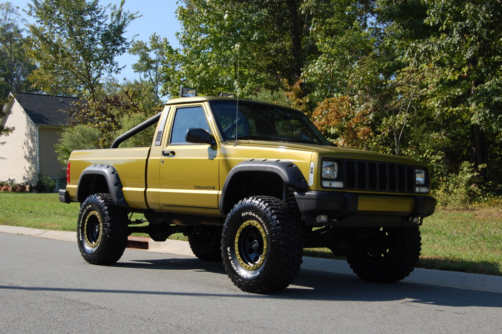 My New Big Project...1989 Jeep Comanche DSC_0250_zpsd15a6321