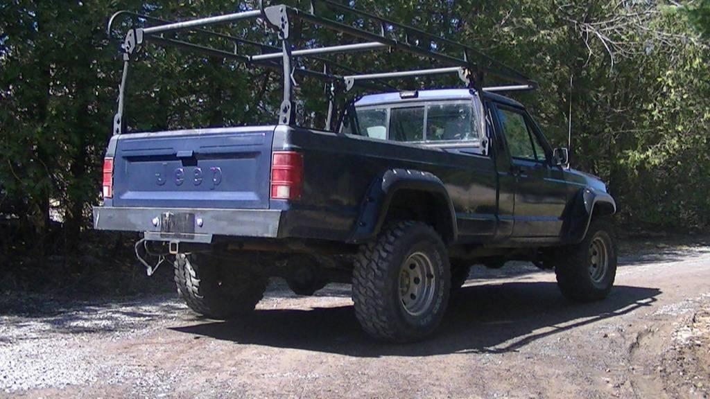 My New Big Project...1989 Jeep Comanche PIC_0474_zps01bdd27c