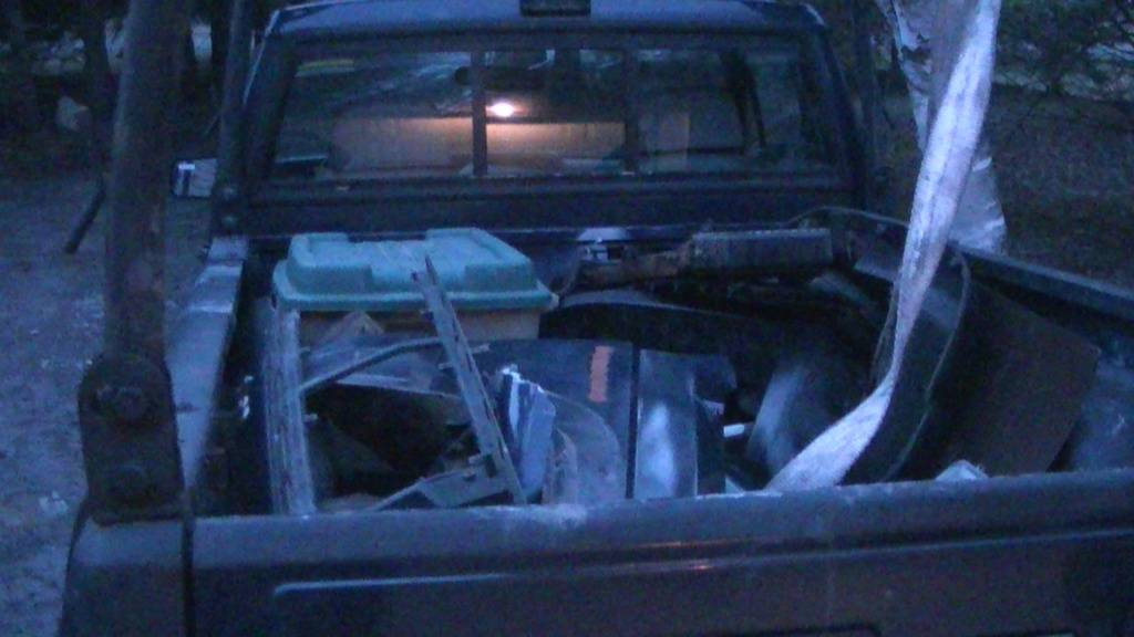 My New Big Project...1989 Jeep Comanche PIC_0478_zps77f47e9b