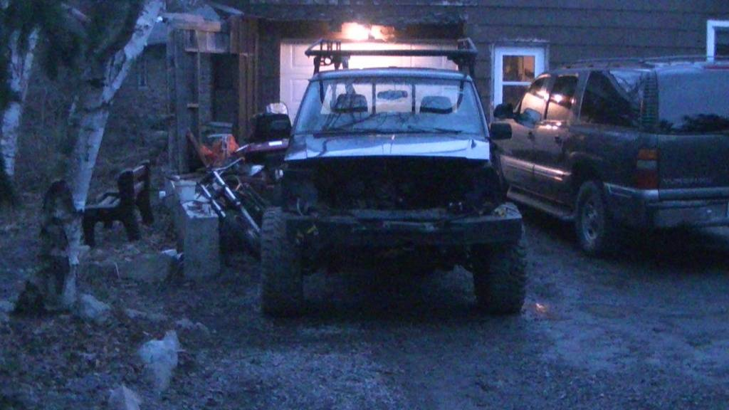 My New Big Project...1989 Jeep Comanche PIC_0481_zps137e856d