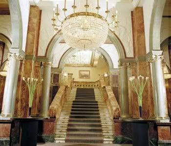 Escalera Principal Image_hotel_interior_stairs_1