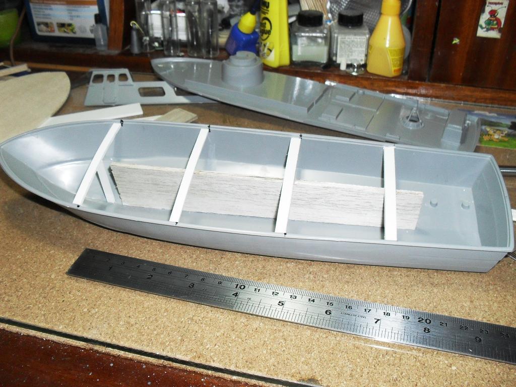 Swift Boat 1/48 revell μετασκευή Swift_boat_001_zpsd3f1a68b