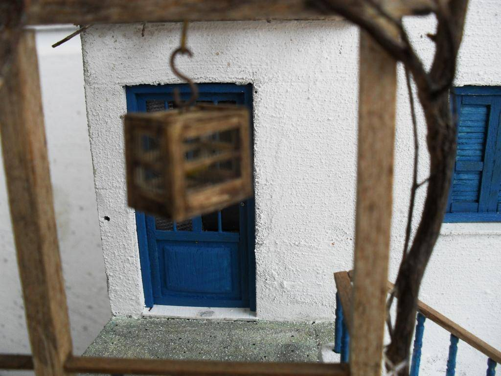 Διόραμα νησιώτικο σπίτι με θέμα  '' Για Ένα Ποτήρι Γάλα '' SDC11862_zps8da883b3