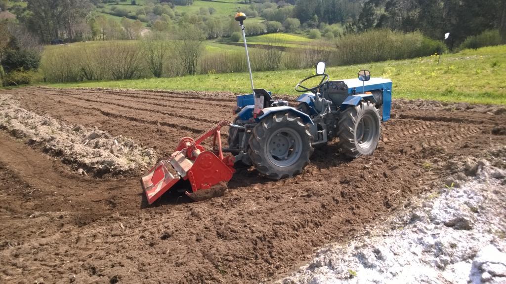 [Ebro A-30L] Nuevo proyecto de restauración - Página 9 WP_20140414_003_zpsf5b1259c