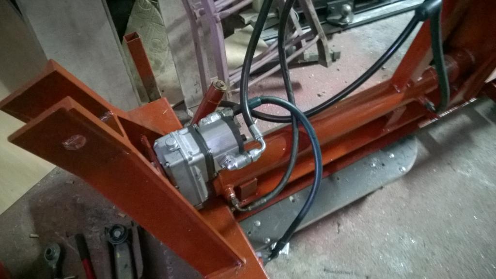 [Ebro A-30L] Nuevo proyecto de restauración - Página 9 WP_20140426_008_zps51036f1a