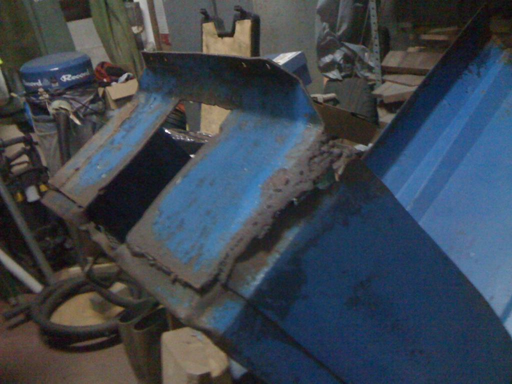 [Ebro A-30L] Nuevo proyecto de restauración - Página 2 IMG_0331_zps12dccffe