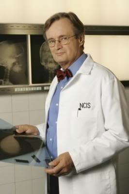"""Doctor Donald """"Ducky"""" Mallard (David McCallum) Dr_mallard"""