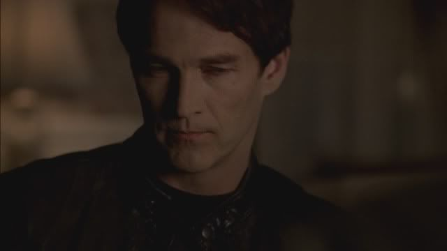 Bill Compton/Stephen Moyer - Page 2 4x09_0108