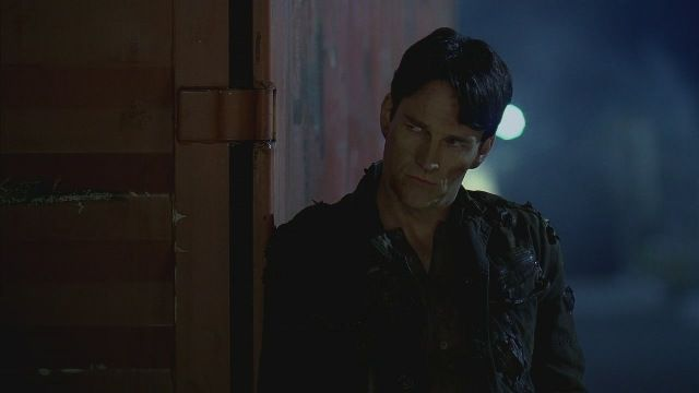 Bill Compton/Stephen Moyer - Page 2 5x01_0956