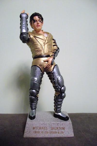 Michael Jackson Figurines M-4