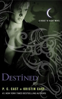 L.J. Smith confirma su despido Destined