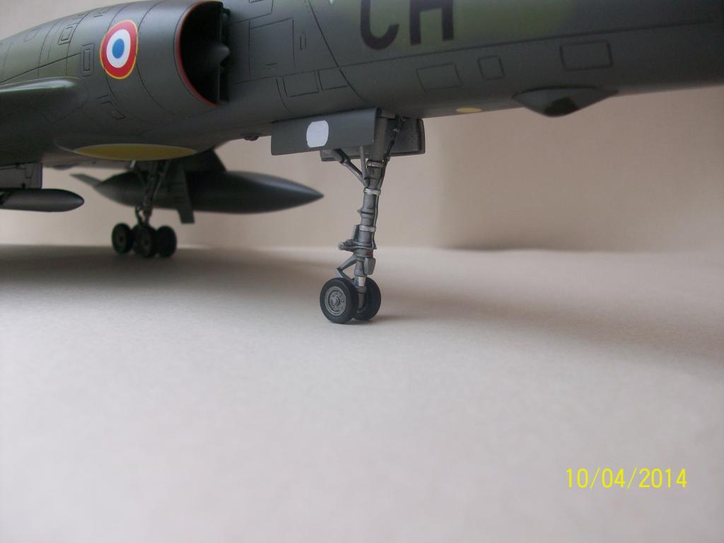 Mirage IVP   Heller 1/48 100_0080_zps42209843