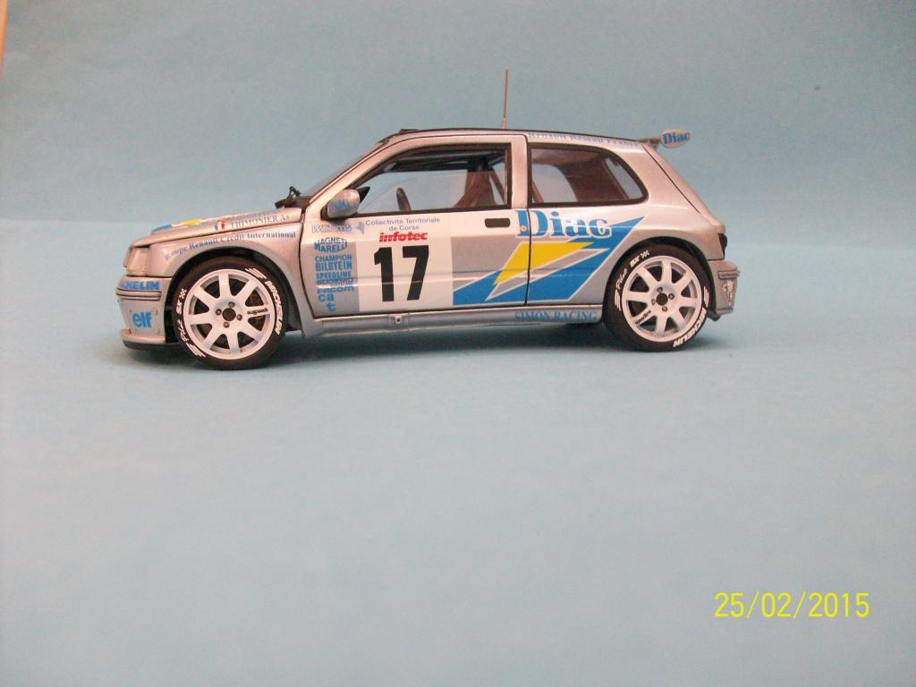 Renault Clio Maxi  (Scuderia Italia Lab 1/24) 100_1314_zps3ffkrl7k