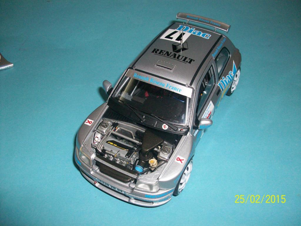 Renault Clio Maxi  (Scuderia Italia Lab 1/24) 100_1335_zpsom38zamn