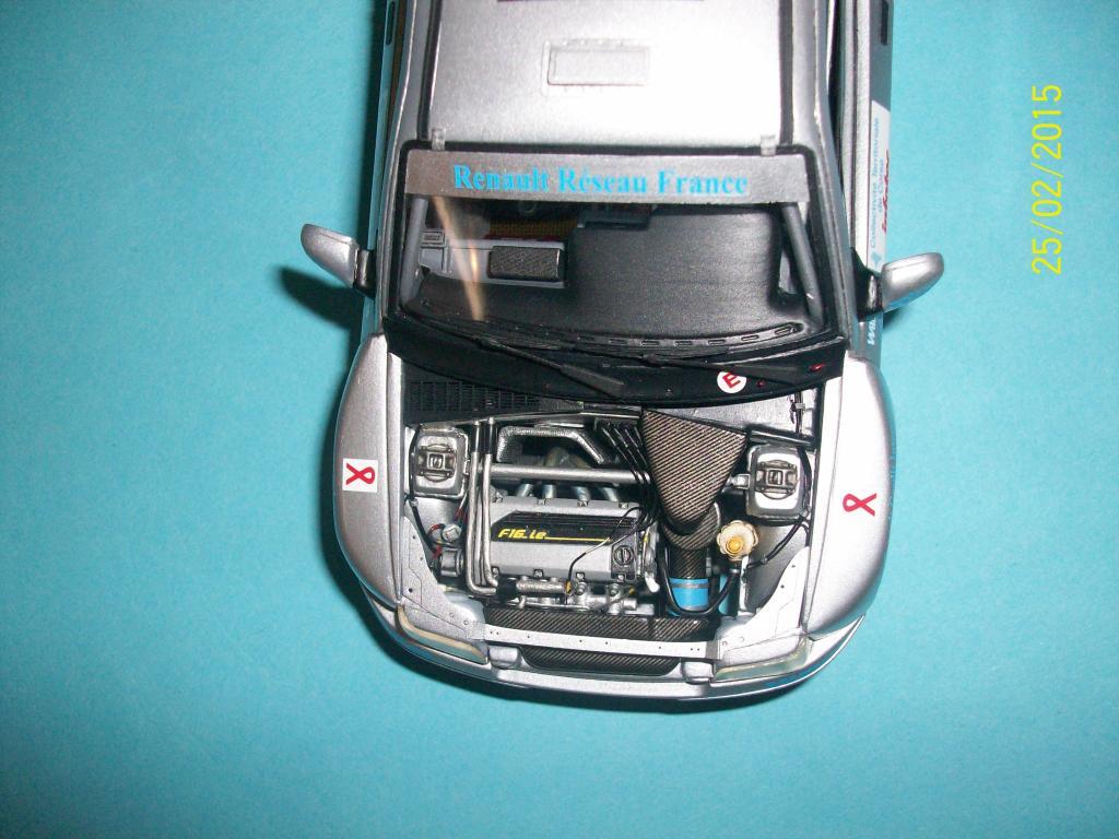 Renault Clio Maxi  (Scuderia Italia Lab 1/24) 100_1338_zps9ecjcgx9