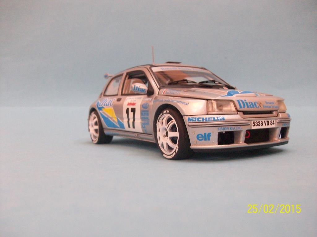 Renault Clio Maxi  (Scuderia Italia Lab 1/24) 100_1360_zpsxewtxqem