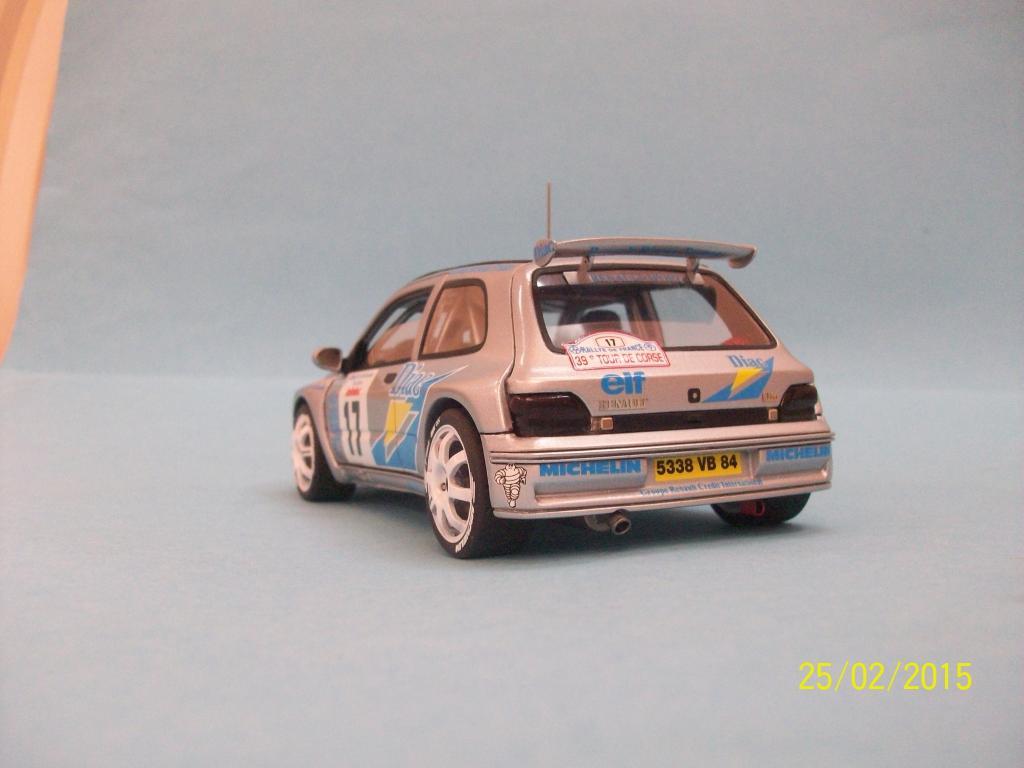 Renault Clio Maxi  (Scuderia Italia Lab 1/24) 100_1361_zpsjyjm8pmg