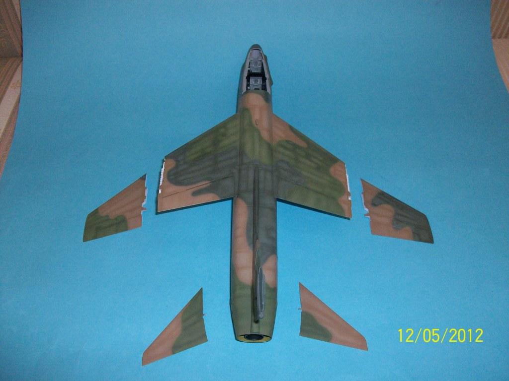 TA-7C CORSAIR II  HAF   1/48 100_5824