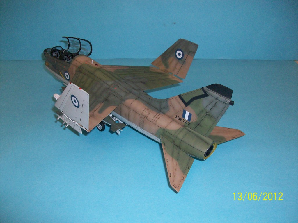 TA-7C CORSAIR II  HAF   1/48 100_5875