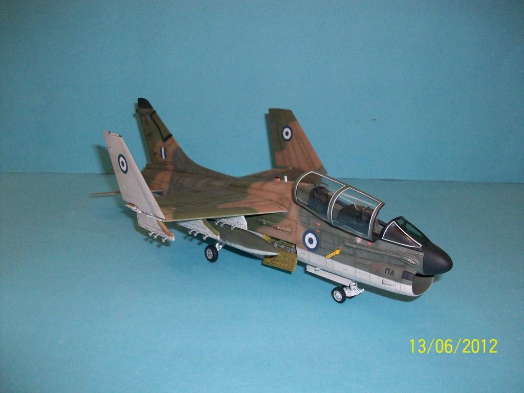 TA-7C CORSAIR II  HAF   1/48 100_5888