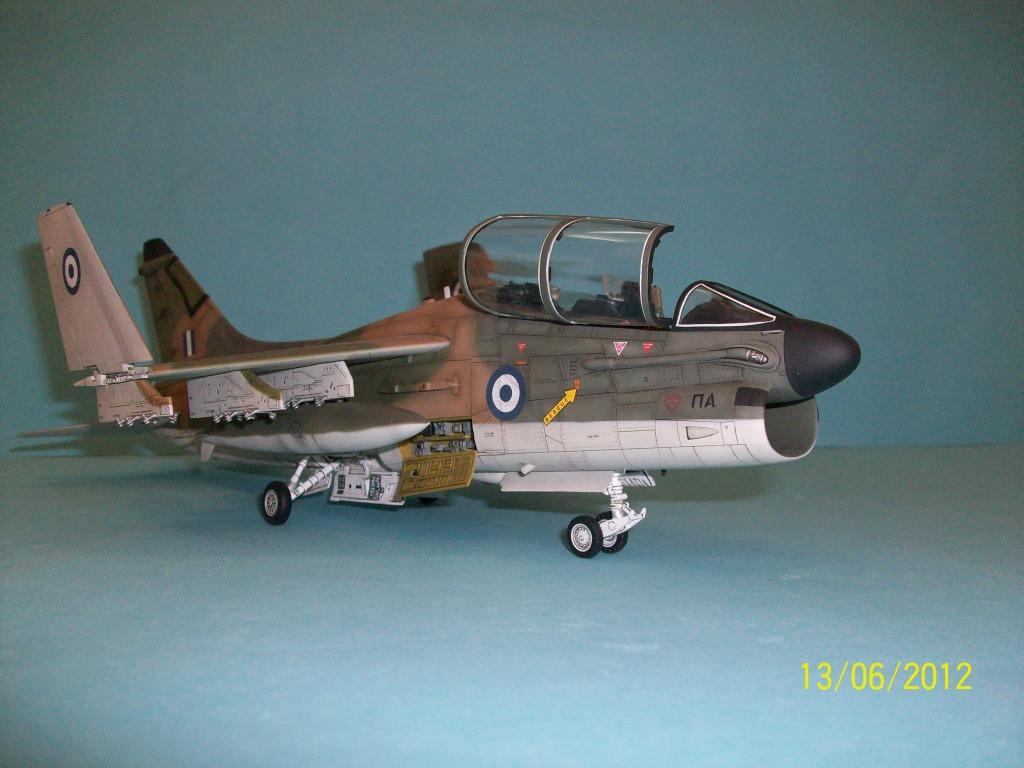 TA-7C CORSAIR II  HAF   1/48 100_5889