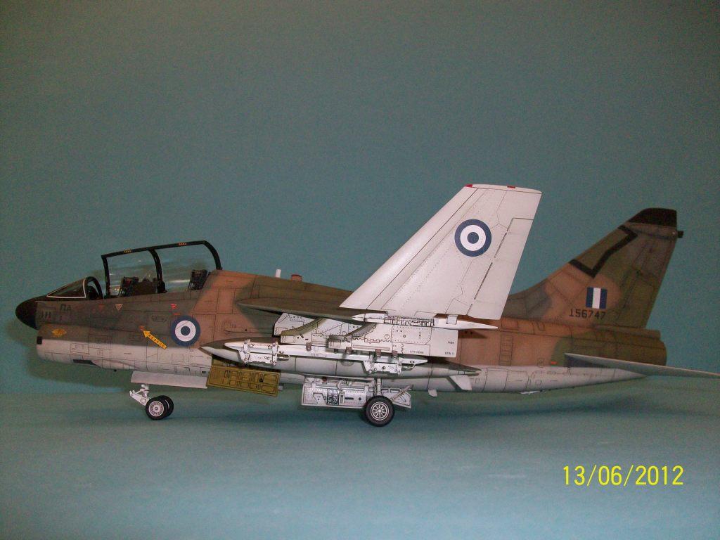 TA-7C CORSAIR II  HAF   1/48 100_5893