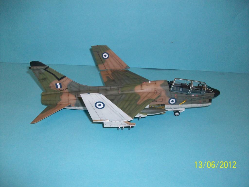 TA-7C CORSAIR II  HAF   1/48 100_5898