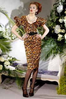 كريستيان ديور - شتاء 2010 Dior-2009-fall-10