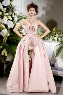 كريستيان ديور - شتاء 2010 Dior-2009-fall-15