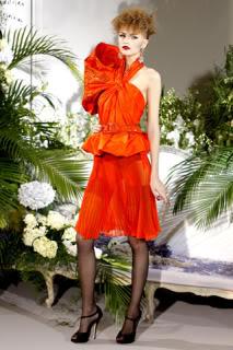 كريستيان ديور - شتاء 2010 Dior-2009-fall-7
