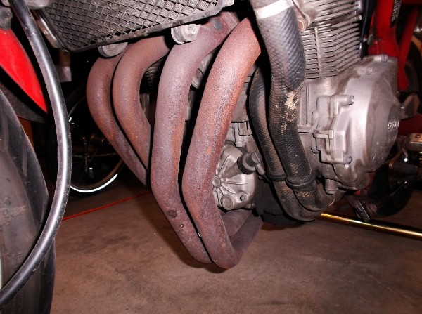 Proyecto de Bandit 400 de carburadores a... ¡INYECCION! DSCF0111_zps23626e7f