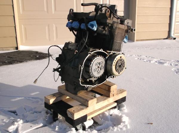 Proyecto de Bandit 400 de carburadores a... ¡INYECCION! DSCF0258_zpsfd297206