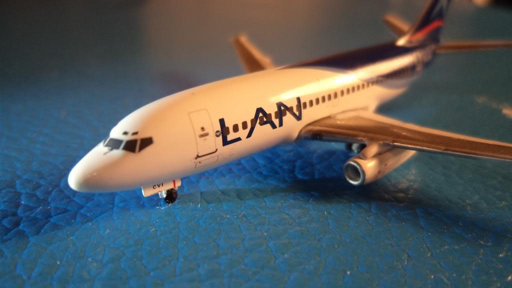 Inflight500 Boeing 737-200 CC-CVI DSC00976