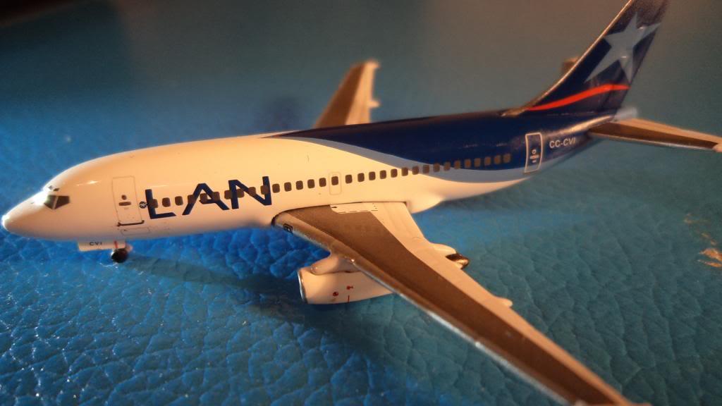 Inflight500 Boeing 737-200 CC-CVI DSC00982