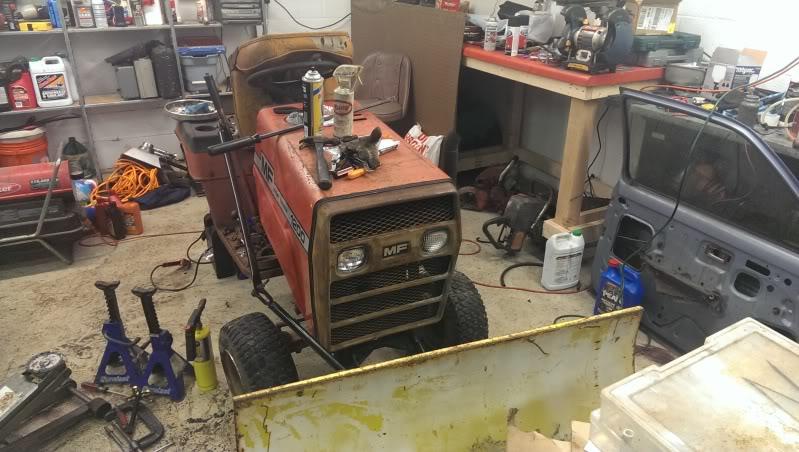 1970's Massey Ferguson MF1200 Garden Tractor IMAG0072_zps8749dae4