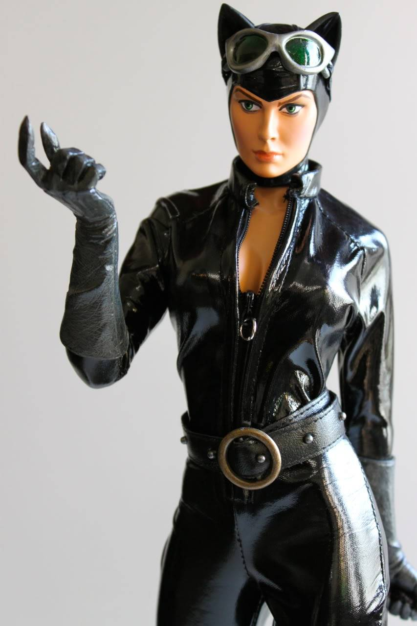 CATWOMAN 1:4 SCALE MUSEUM QUALITY Statue  - Page 2 2e6dd233