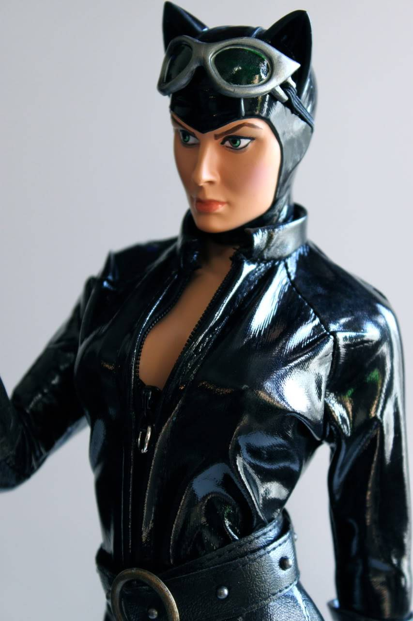 CATWOMAN 1:4 SCALE MUSEUM QUALITY Statue  - Page 2 B18a171e